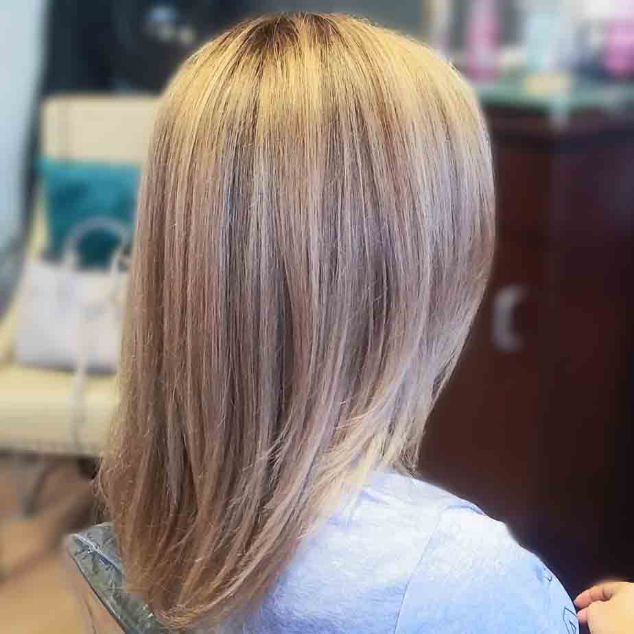 girl with blonde highlights
